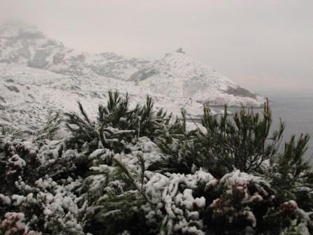 2009-01-neige-marseille-goudes-10