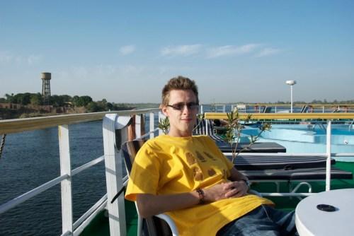 Encore moi, à trainasser au soleil @ Edfu, Egypte (2009)
