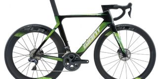Giant Propel Advanced Pro Disc Road Bike