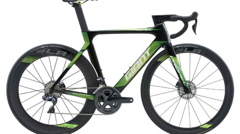 Giant Propel Advanced Pro Disc Road Bike