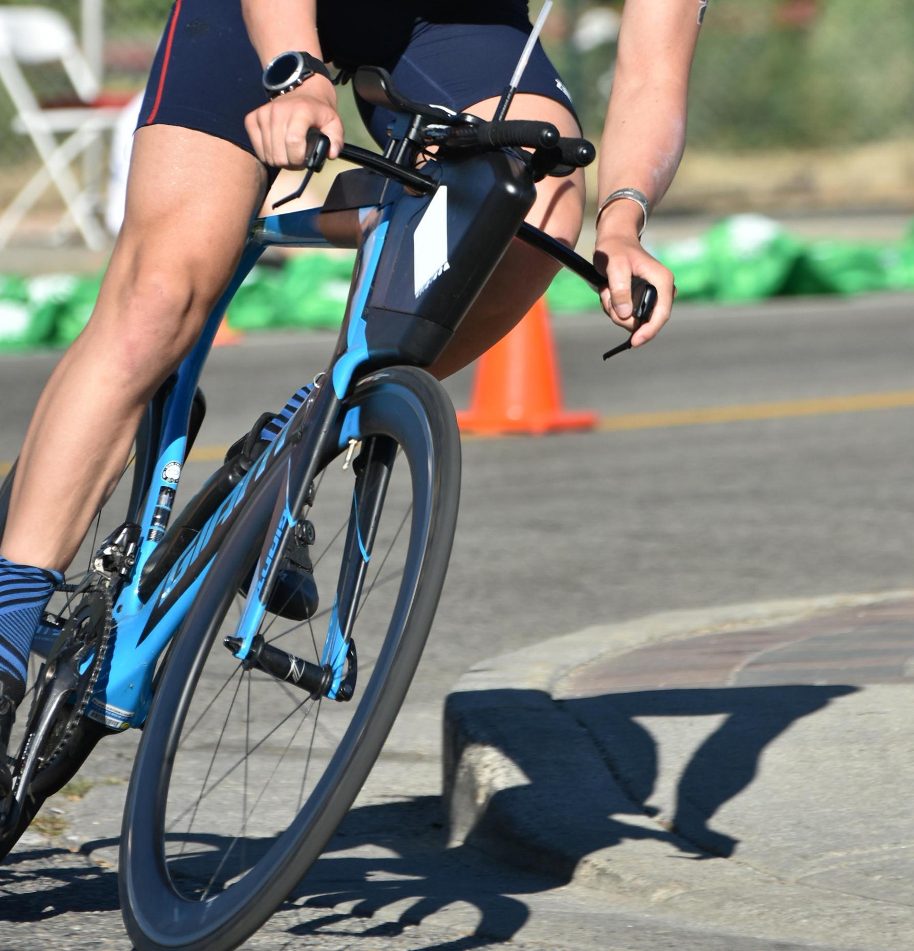 Road Bike vs Triathlon Bike -