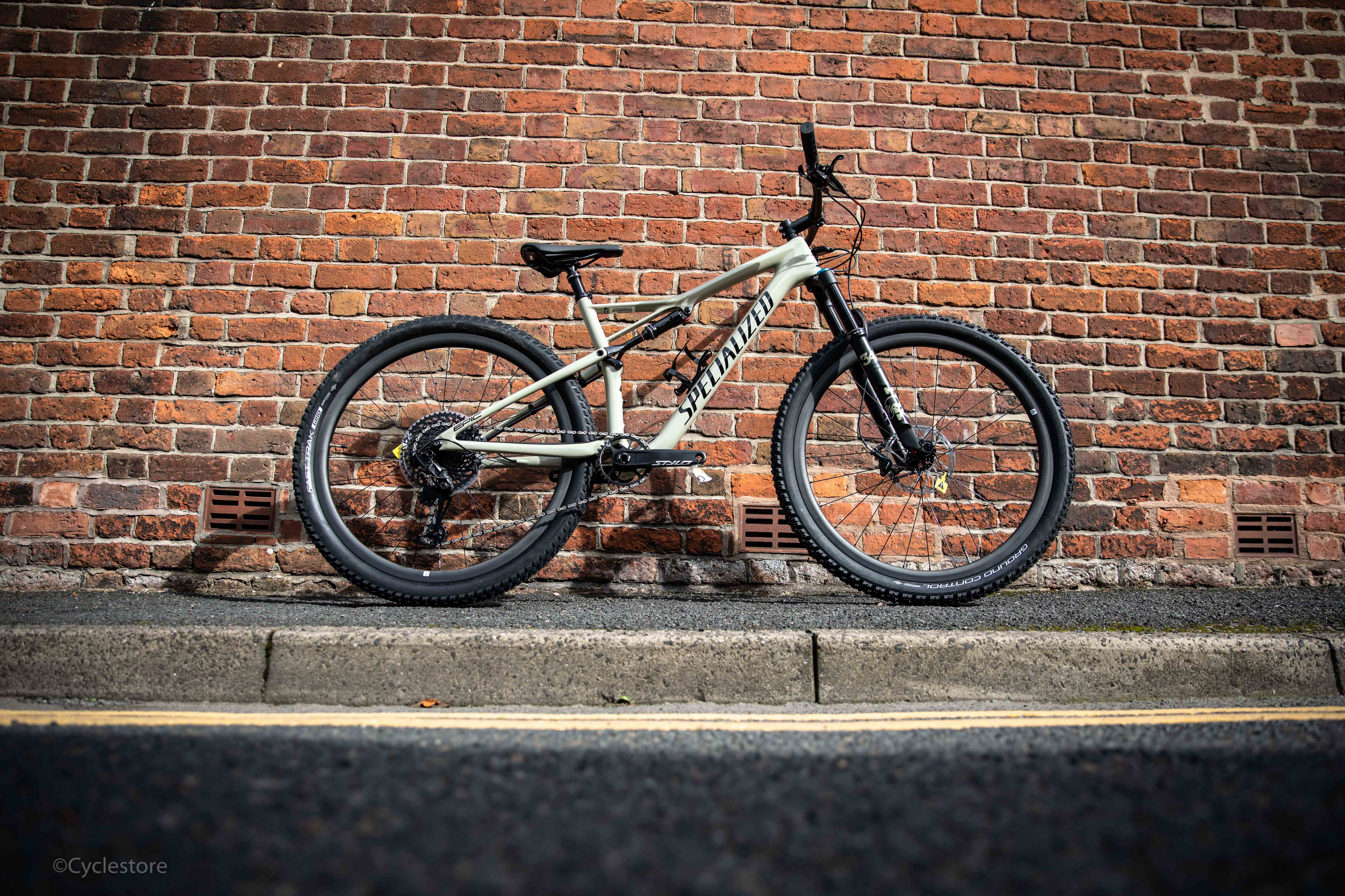 1eaa7d35180 Specialized Epic Evo 2019 -