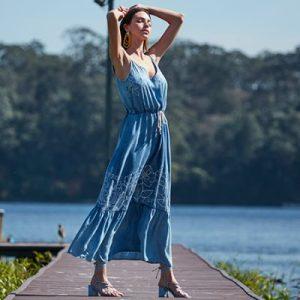 10 looks com vestido longo de verão para se inspirar