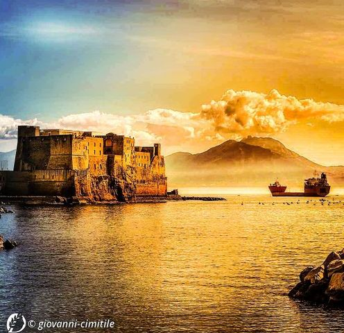 Dantebus - Giovanni PH - Castel dell'ovo (Napoli)