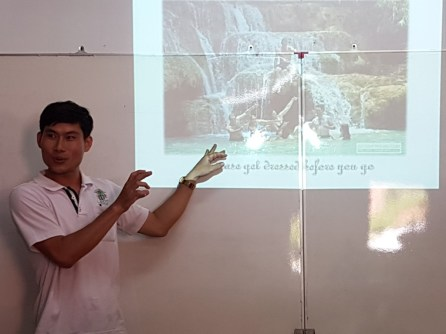 Say presenting his project
