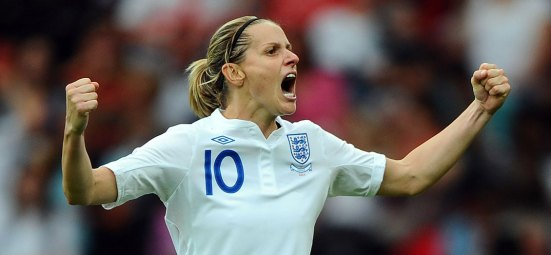 kelly-smith-england-celebrating