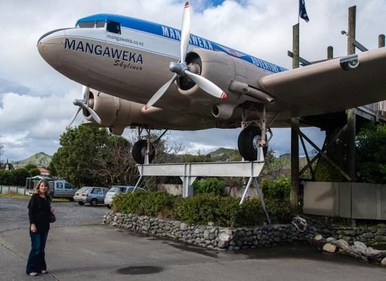 Wyn and Mangaweka Cafe DC3