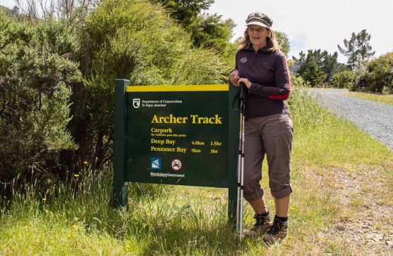 Wyn setting off on Archer Track