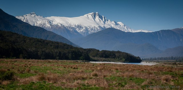 Mt Hooker from Pleasant Flat