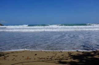 las olas de playa Cocles