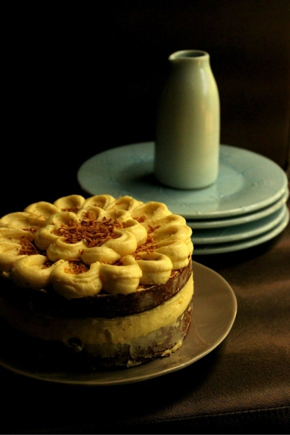 Dello Mano Cake