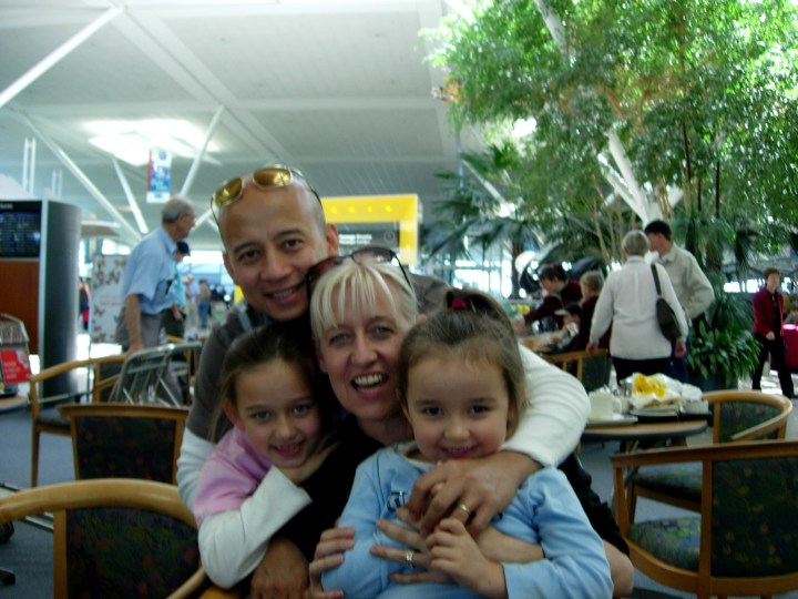 family leaving for Rome