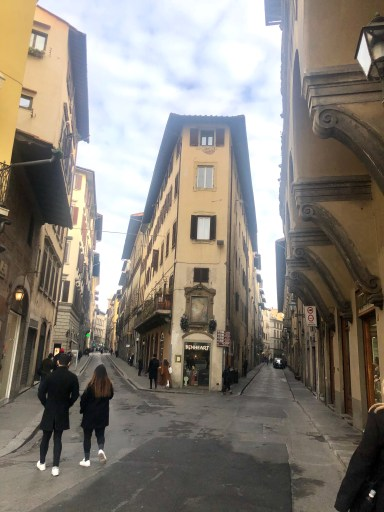 The narrow streets of florence - Dello Mano went in search of Cantucci or as it is more commonly known to buy biscotti.