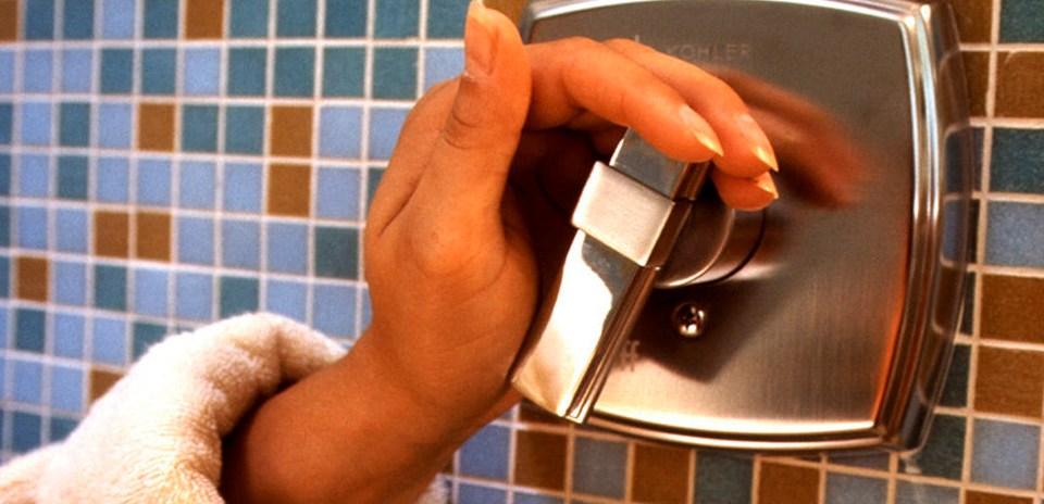 Com Que Freqüência Devo Lavar os Cabelos?
