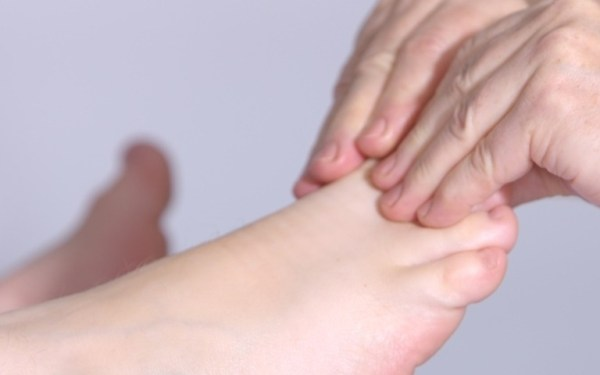 Mãos e Pés Saudáveis – Skincare para Estas Regiões