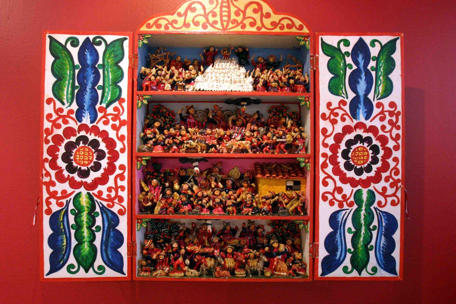 Retablos Ayacuchanos: Una hermosa artesanía en riesgo de ...