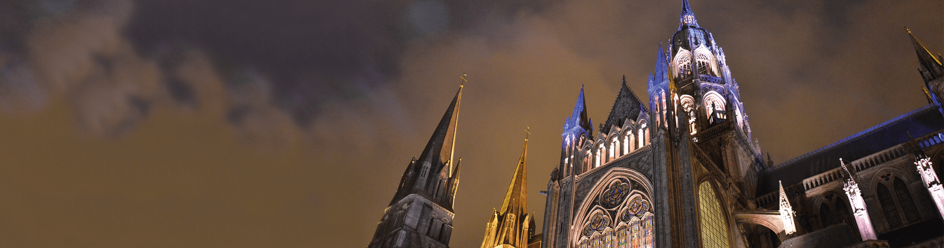 FrenchChristmas_BayeuxCathedral_1900x500