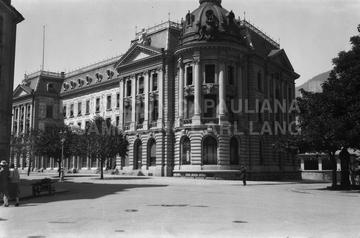 [Post am Postplatz (oz)][aus Kuvert: 'Werkhof bis Fontanaplatz, späte 20er-Jahre' (oz)]