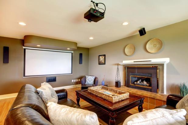 5 Pilihan Home Theater Proyektor Untuk Di Rumah Anda_1