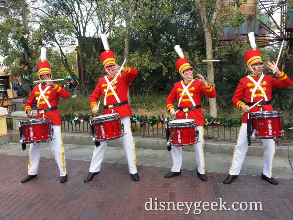 Holiday Toy Drummers At Disneyfestivalofholidays The Geek S Blog Disneygeek