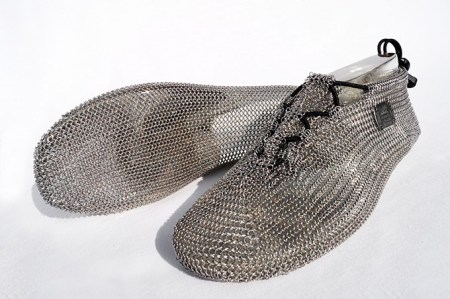 Chainmail-Running-Shoes-2