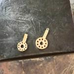 ピンクゴールドのキャスト(鋳造) が済 バレルで磨いた状態