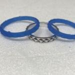 幅見本として持っていっていた指輪のデザインを気に入られそのデザインに決定!