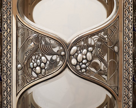 large_silver_vitrine_ 08