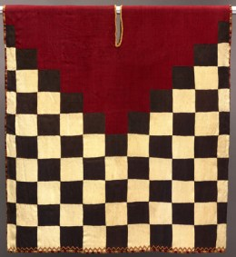 Black-and-white checkerboard tunic. Dallas Museum of Art, The Eugene and Margaret McDermott Art Fund, Inc. in honor of Carol Robbins