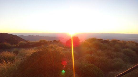 sunrise-at-sunrise-hut
