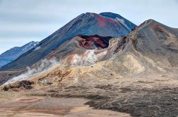 Looking across Central Crater at Mt Ngauruhoe and Red Crater. © All rights reserved by panafoot.
