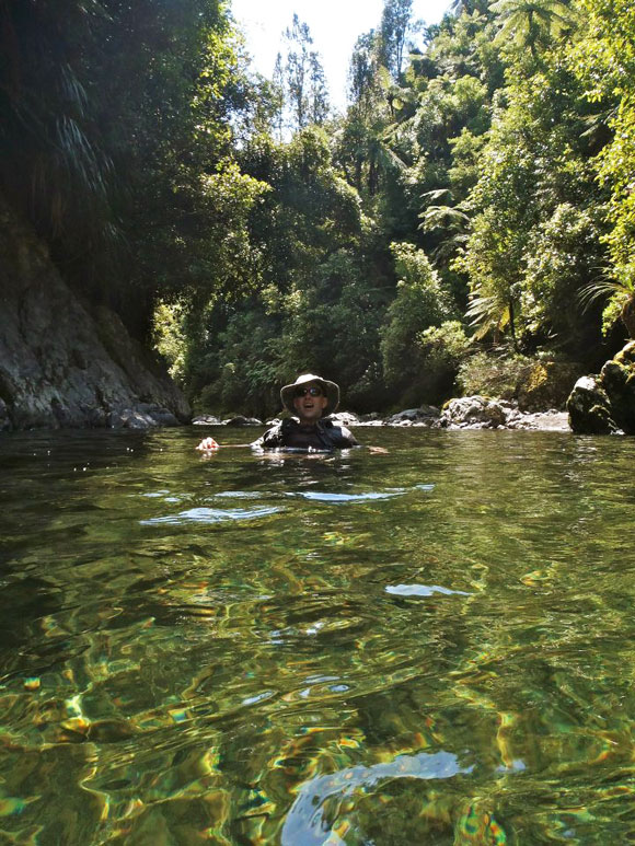 Floating on the Ohau River. Photo: Don Herron.