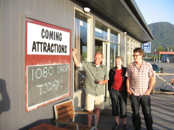 1080 DROP TODAY sign at the Haast Pub.