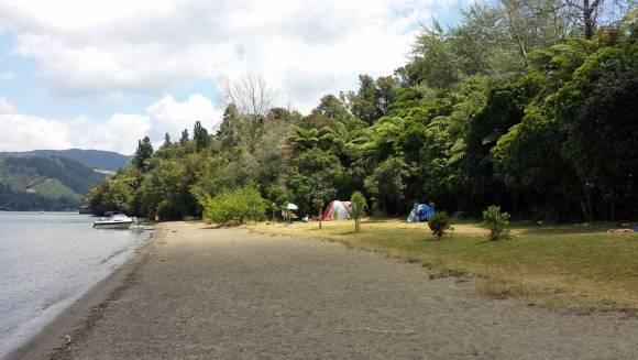 Lake Okareka campsite in beautiful Rotorua. Photo: Elizabeth Marenzi.