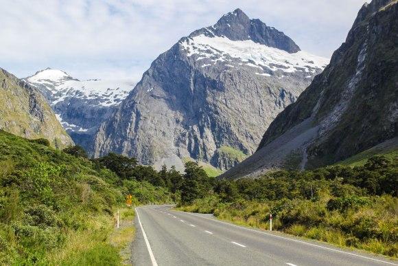 The road to Milford.  Photo: Elizabeth Carlson ©