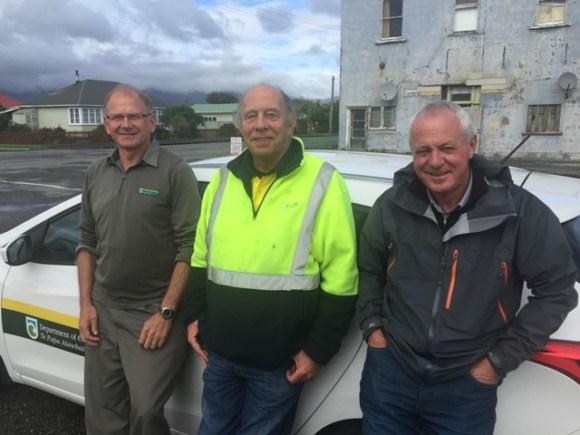 Chris Woolmore, Richard Thompson and Bob Dickson at Bathurst Mines.