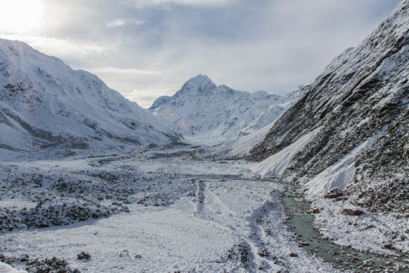 Hookey Valley, Hooker River anf Mt Cook, with Hooker Valley track winding up it