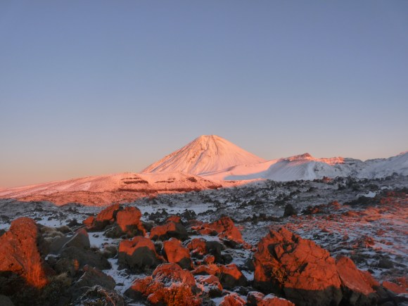snow-mt-tongariro.JPG