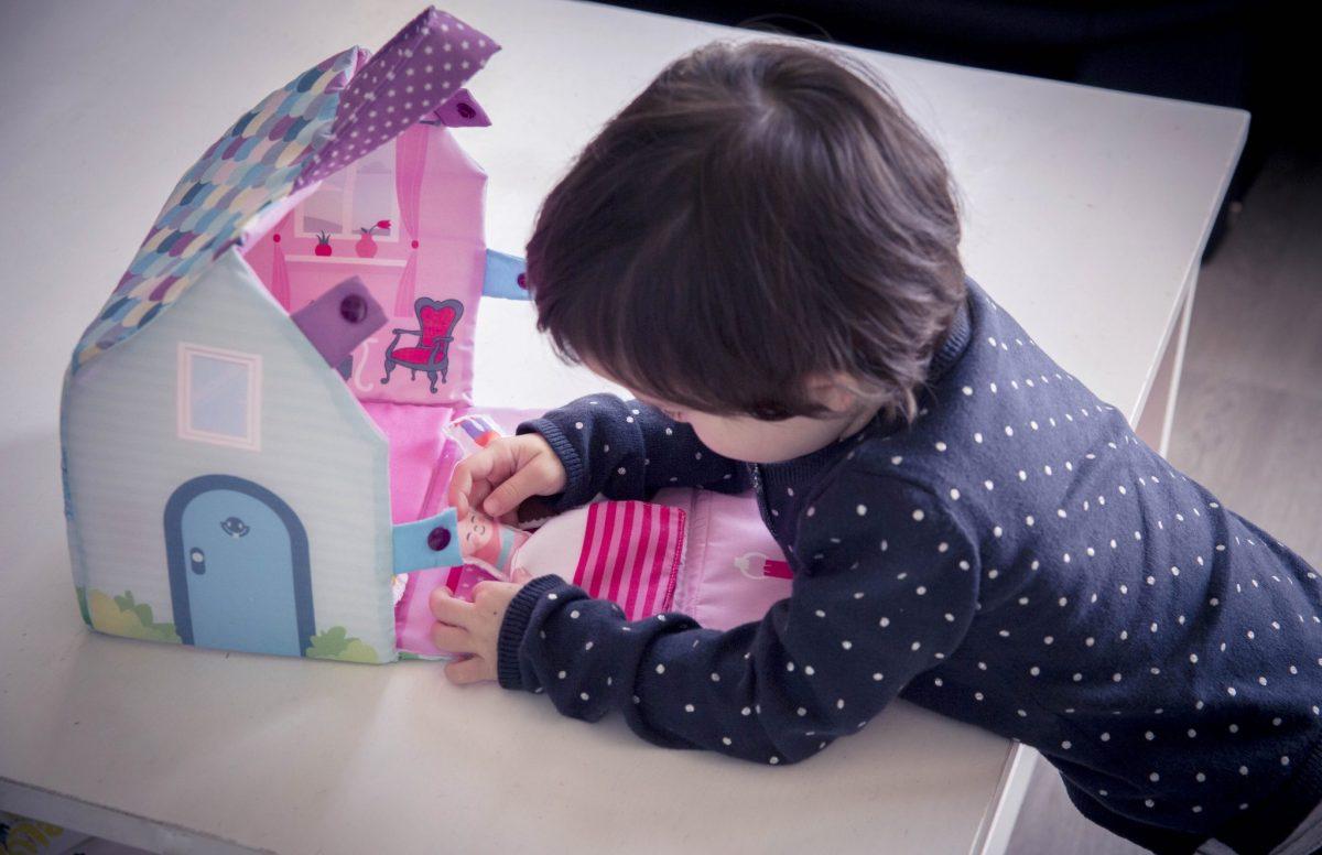 """Test projet couture : le Kit enfant """"Ma maison en tissu"""""""