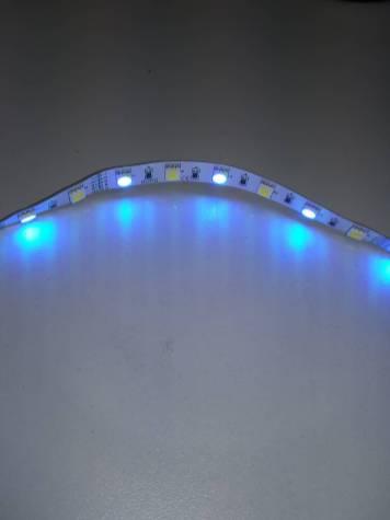 Ruban de LED RGBW de couleur bleu
