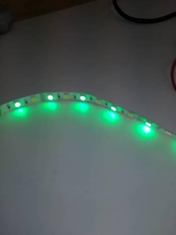 Ruban de LED RGBW de couleur verte