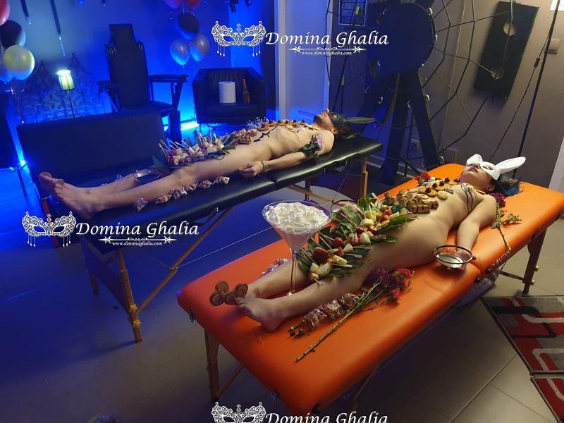Mesas de postres BDSM Fetish en Estudio Ghalia
