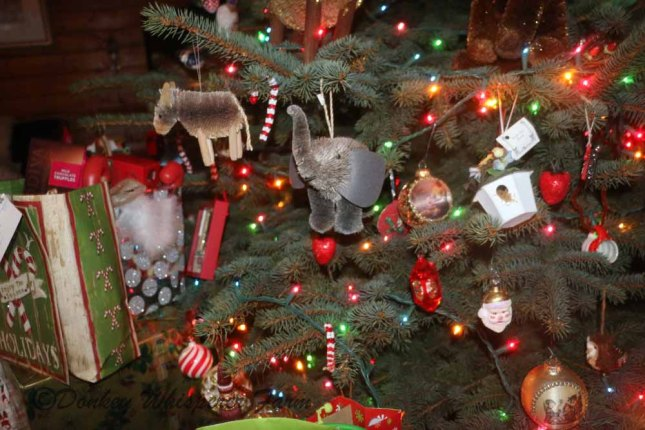 christmasornament2013elephantsocute