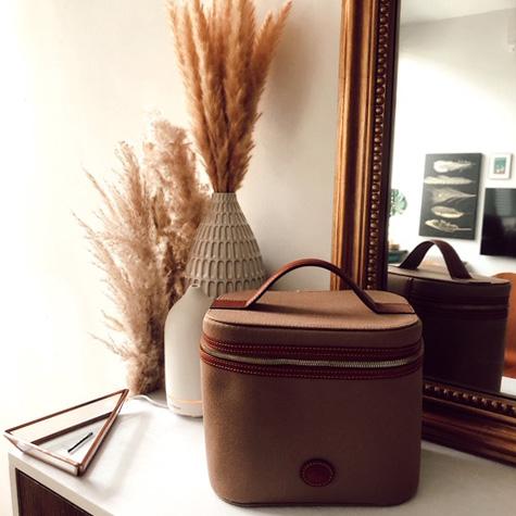 dooney & bourke leather cosmetic bag