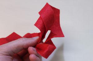 Untangling the felt strips