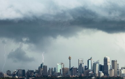 Lightning above the sydney skyline