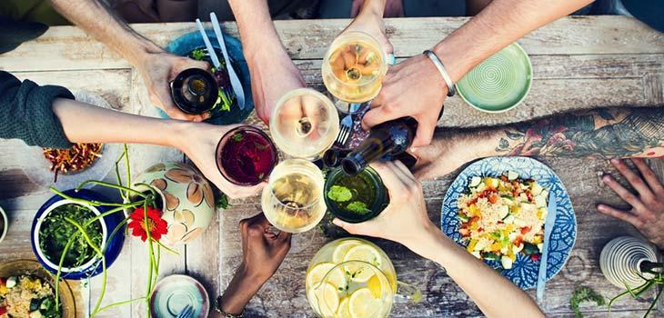 Sucos e nutrientes que dão mais disposição para o carnaval