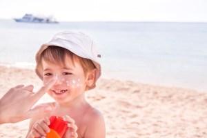 Protetor solar e outros cuidados com a saúde da criança