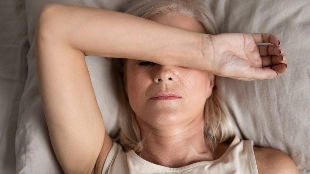 O que é e quais são os sintomas da menopausa?