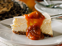 french_cheesecake_apricot_pumpkin_sauce